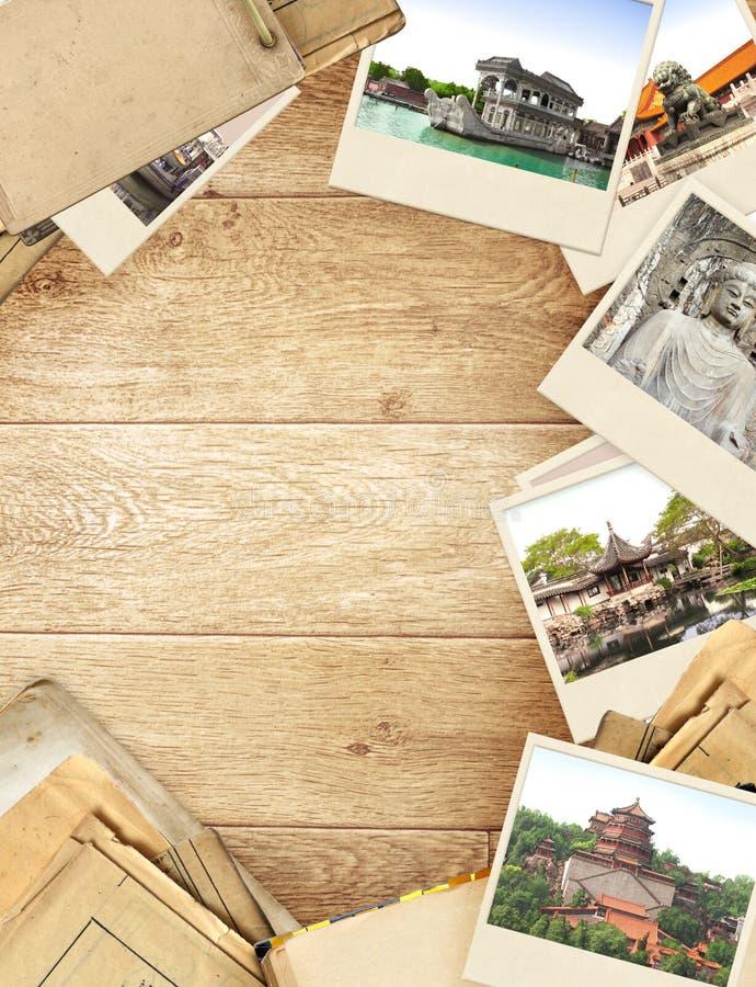 Frame met oude document en foto's royalty-vrije stock afbeeldingen