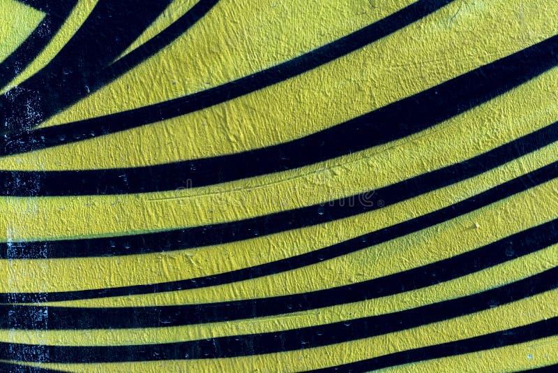 Frammento alla moda della parete con il dettaglio dei graffiti, arte della via Colori creativi astratti di modo del disegno Primo immagine stock