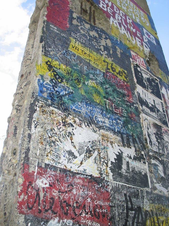 Frammento del muro di Berlino immagini stock libere da diritti