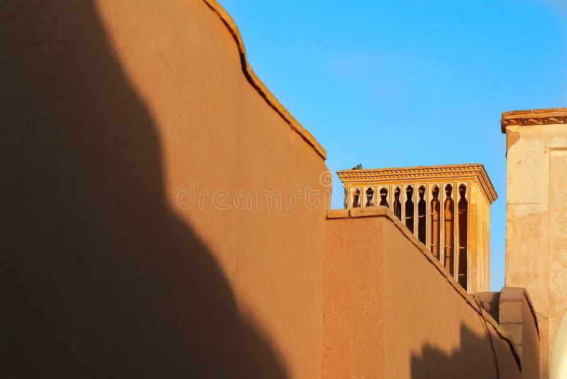 Frammento di architettura iraniana tradizionale nella vecchia città di Yazd l'iran persia fotografie stock libere da diritti