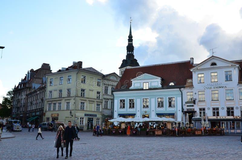 Frammento di Citt? Vecchia Hall Square - la parte antica di Tallinn fotografie stock
