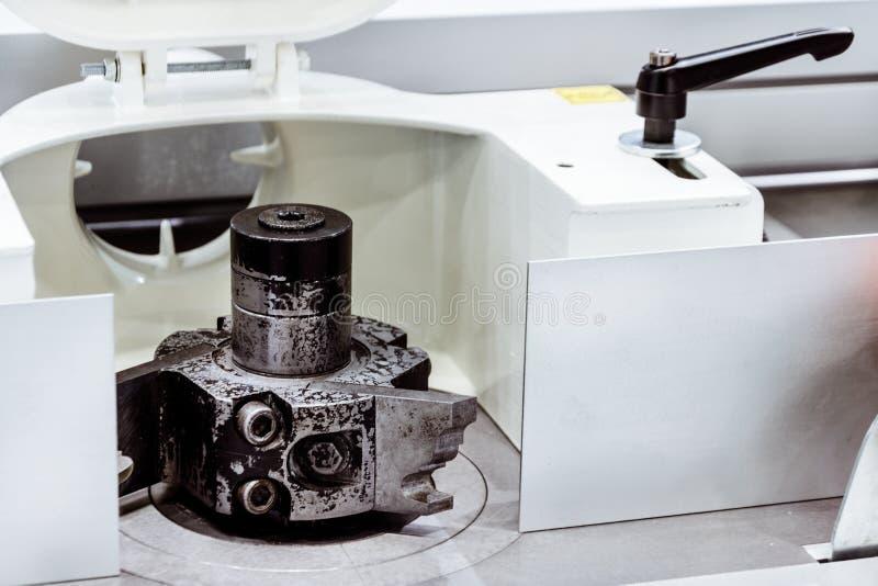 Frammento di una trecciatrice del bordo fotografia stock libera da diritti