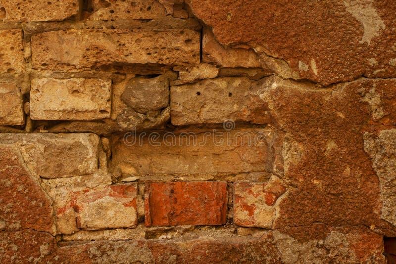 Frammento di vecchio fondo del muro di mattoni fotografie stock