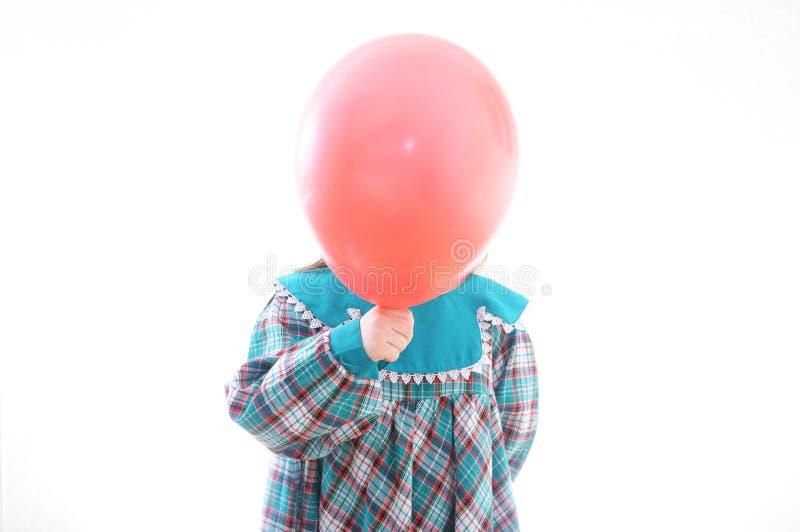 Framsidaballong Head boll Barn med röd baloon som isoleras på vit royaltyfria bilder