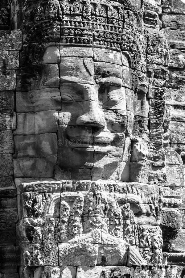 Framsidor av det Bayon tempelet royaltyfri bild