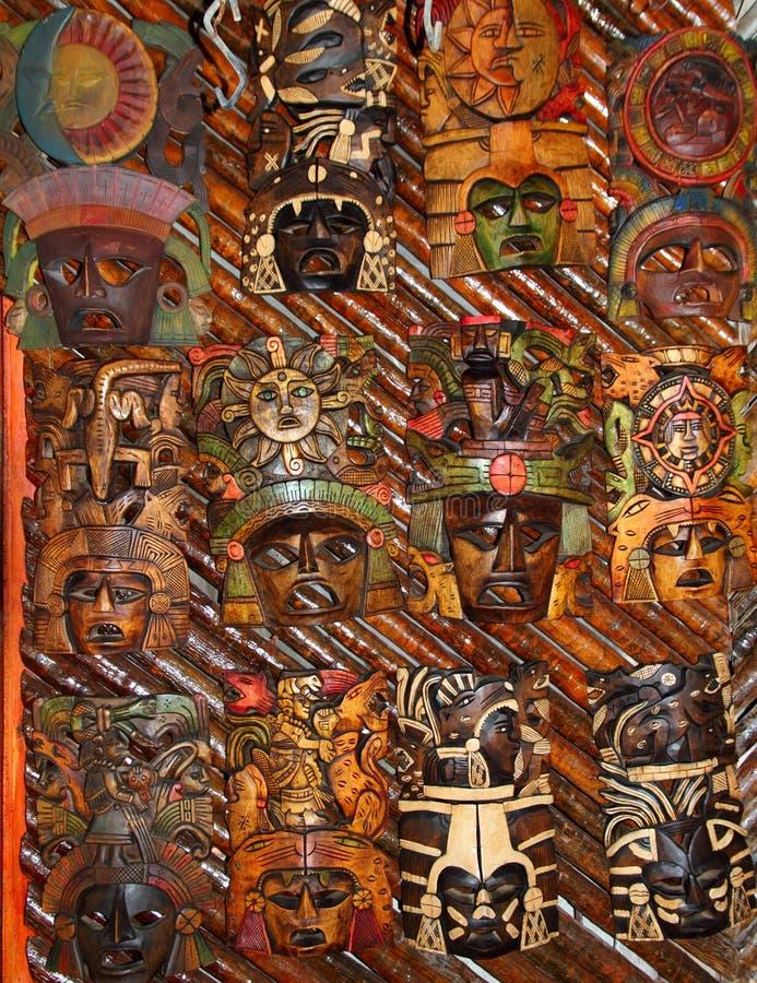 framsidor handcrafted mexikanskt wood trä för maskering fotografering för bildbyråer