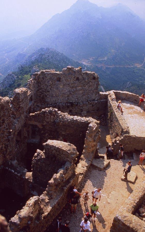 França: Castelo de Queribus em Langedoc-Rousillon imagem de stock royalty free