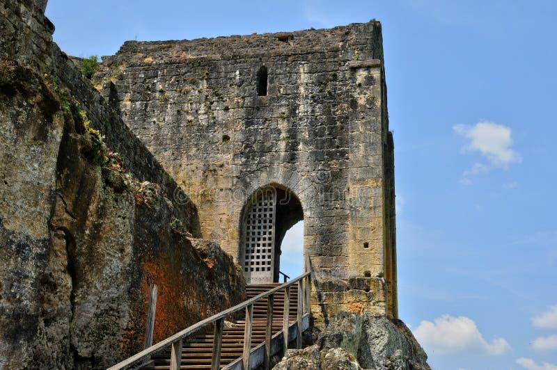 França, castelo pitoresco de Commarque em Dordogne foto de stock