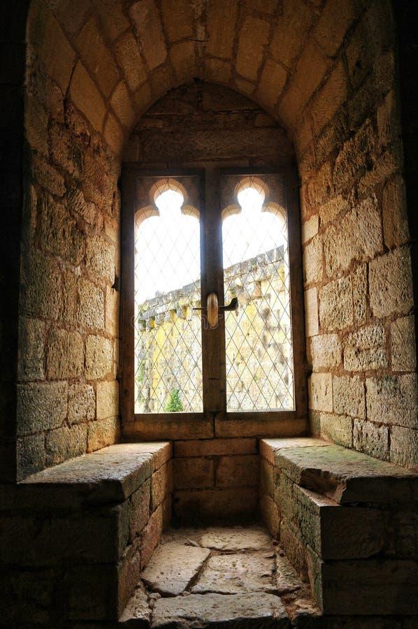 França, castelo pitoresco de Commarque em Dordogne fotos de stock