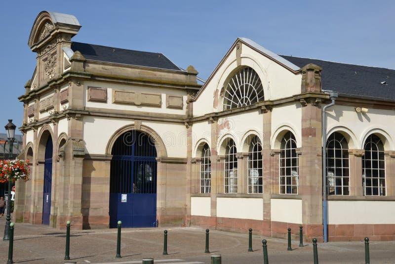 França, a cidade pitoresca de Haguenau no rhin dos bas imagens de stock