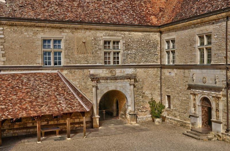 França, o castelo pitoresco de Le Clos de Vougeot em Bourgogn fotografia de stock royalty free