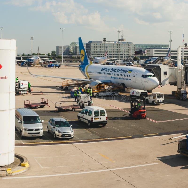 França, Paris - 17 de junho de 2011: Boeing conectou foto de stock