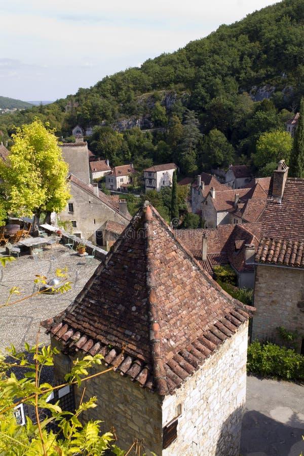 França pitoresco, telhados do St Cirq Lapopie fotos de stock