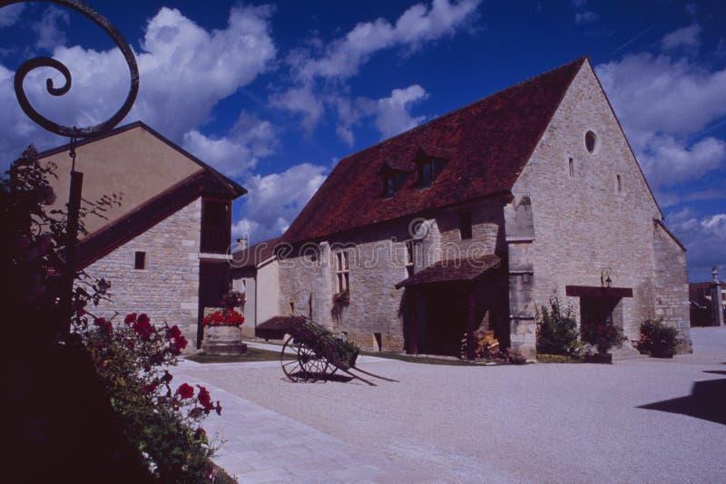 França: recurso antigo do país em Bourgogne fotografia de stock