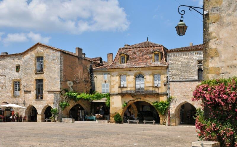 França, vila de Monpazier em Perigord fotos de stock