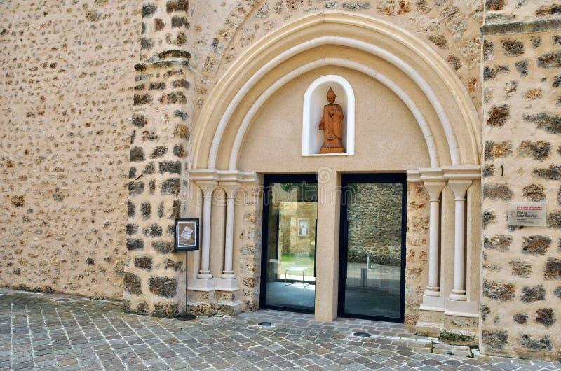França, a vila pitoresca de Chevreuse foto de stock royalty free