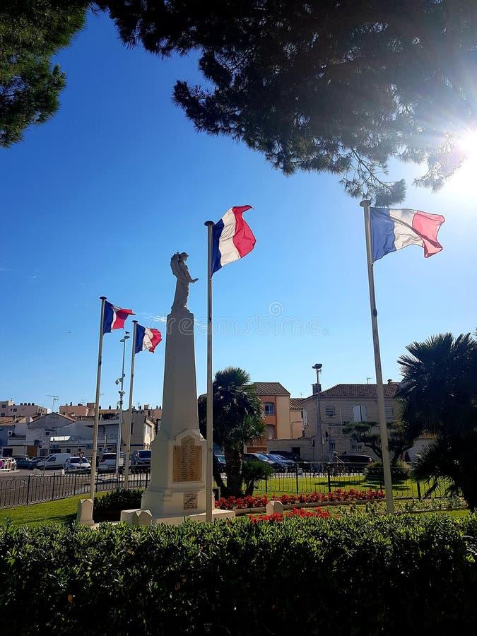 Français auxiliares dos morts do monumento fotos de stock