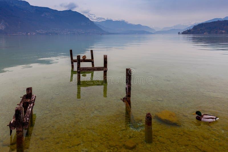 france annecy lake fotografering för bildbyråer