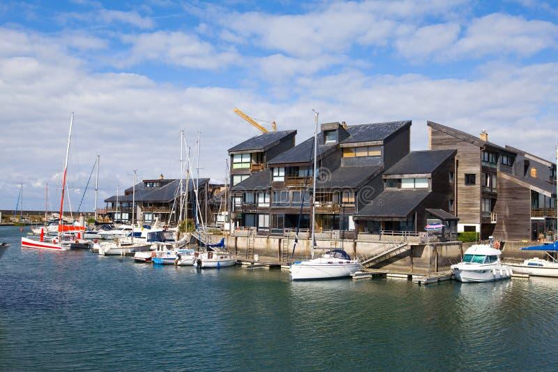 Download France, Estância Citadina Dovill. Barcos Em Um Louro Antes Imagem de Stock - Imagem de barco, turista: 16865553