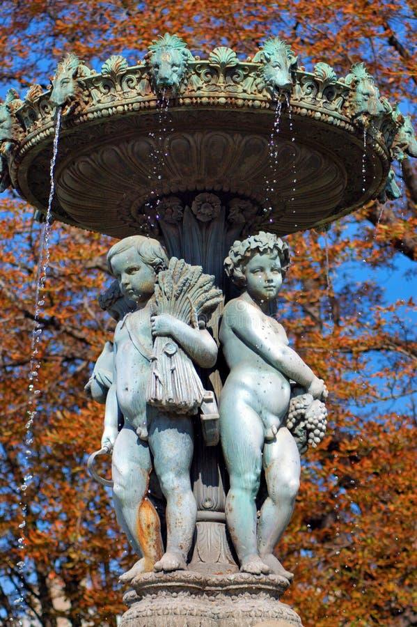France fontanną Paryża fotografia stock