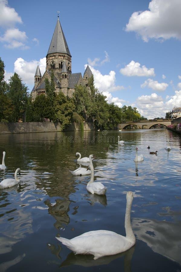 Download France Kościelna Rzeka Metz Moselle Obraz Stock - Obraz złożonej z kościół, dach: 13330751