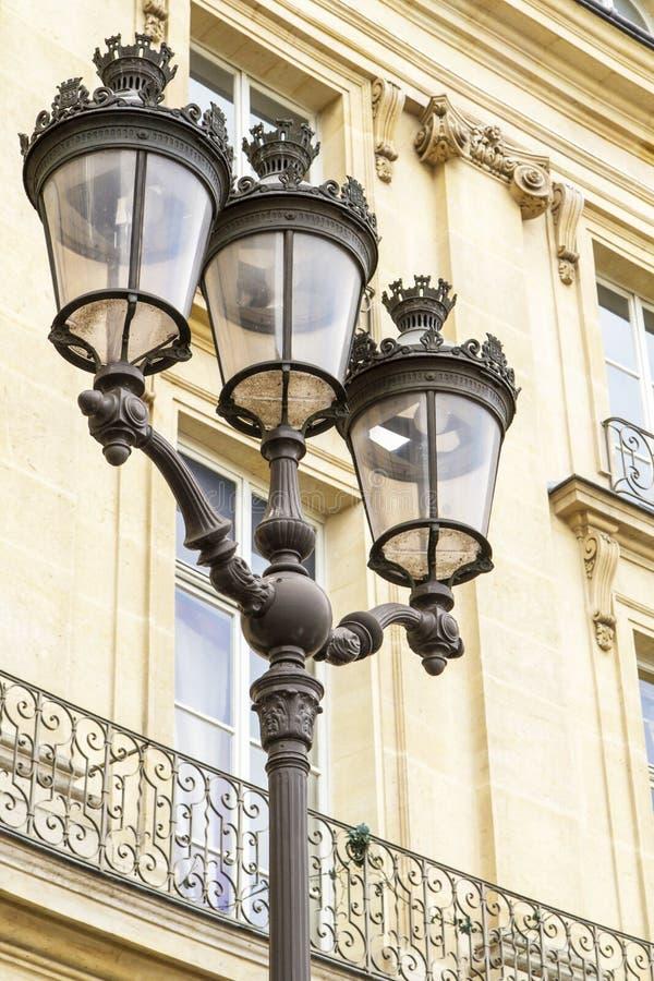 france lamppost retro metalliska paris royaltyfria foton