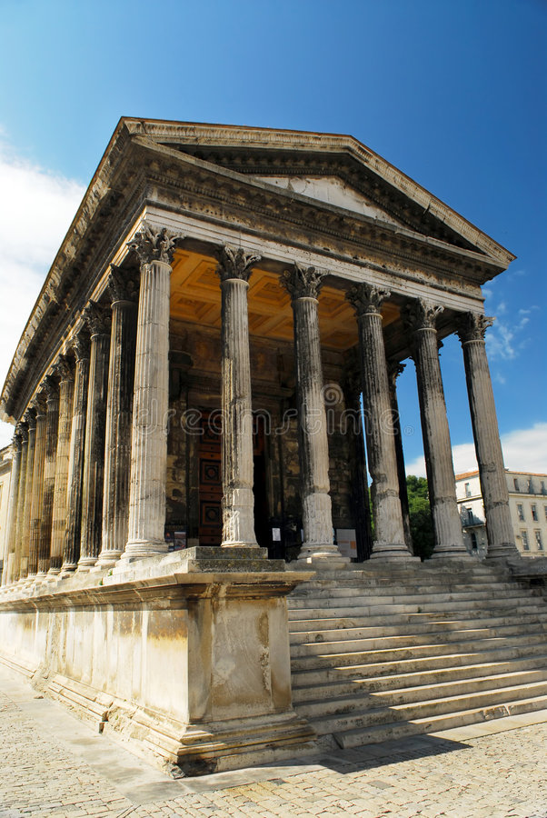 france nimes roman tempel royaltyfria foton