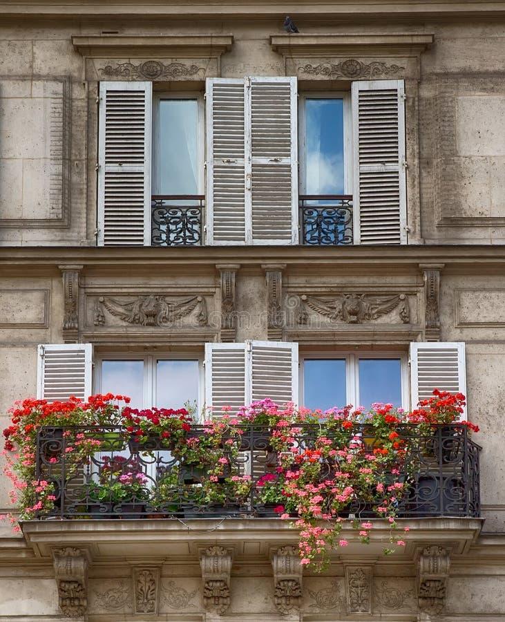 France parigi architettura parigina fotografia stock for Architettura a parigi