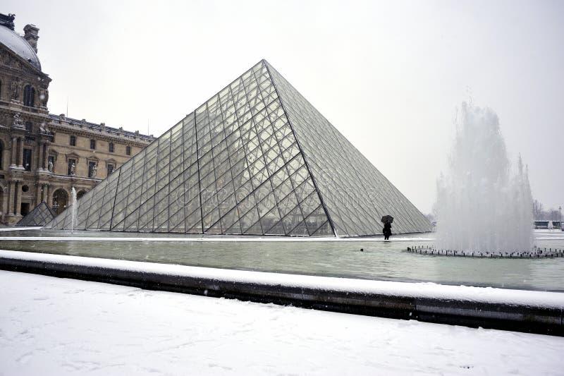 france Paris ostrosłupa śniegu burzy zima zdjęcia royalty free