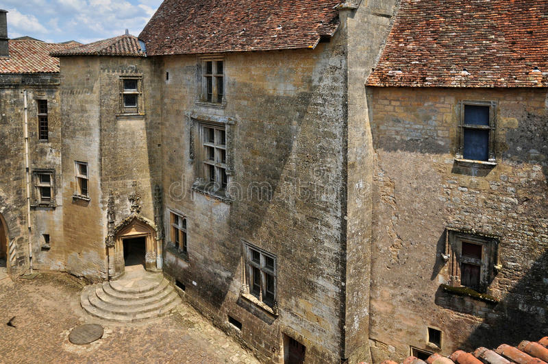 Frances, château pittoresque de Biron dans Dordogne photo libre de droits