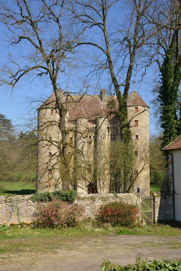 Frances, château pittoresque de Chevenon dans Nievre photos libres de droits