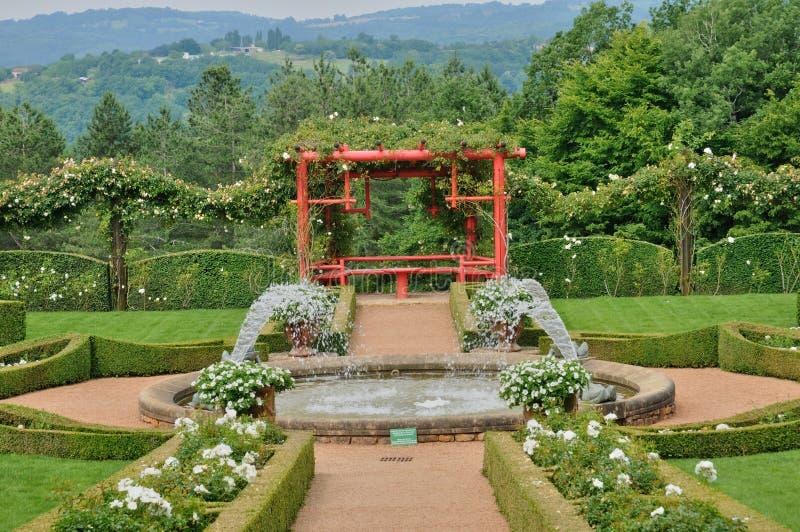 Frances, Jardins du Manoir pittoresque d Eyrignac dans Dordogne images stock