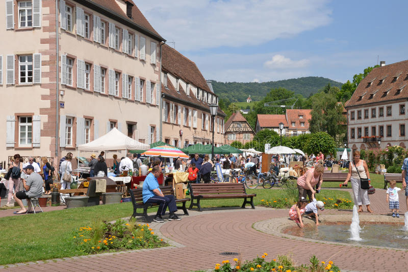 Frances, la ville pittoresque de Wissembourg en Bas Rhin images stock