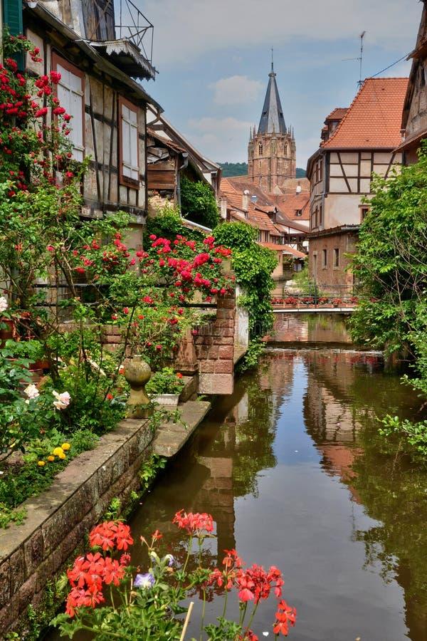 Frances, la ville pittoresque de Wissembourg en Bas Rhin photographie stock libre de droits