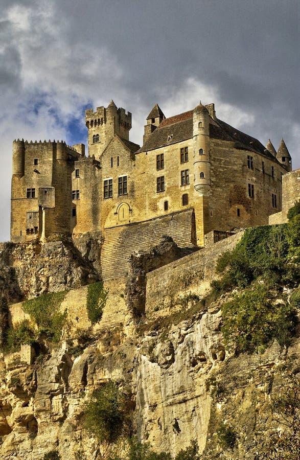 Frances, le château de Moyen Âge de Beynac photos stock