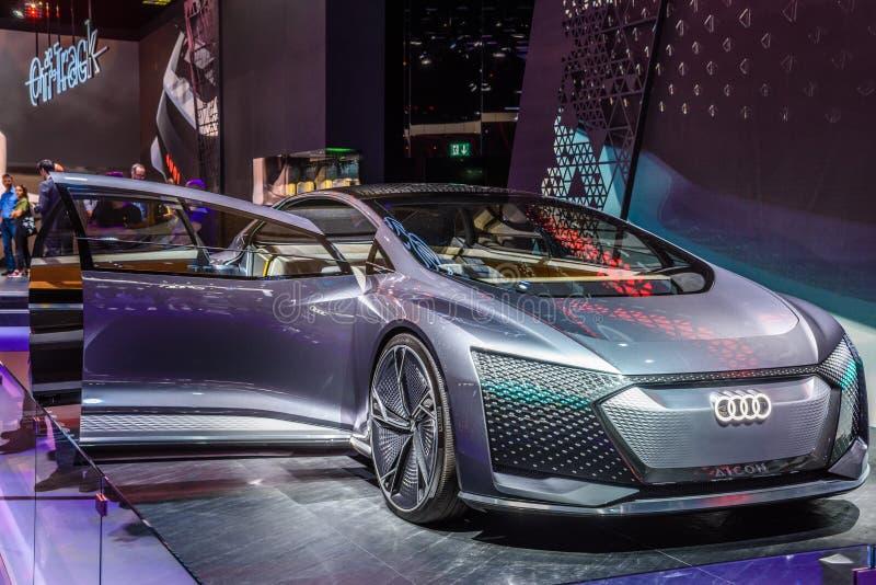 FRANCFORT, ALLEMAGNE - SEPT 2019 : argenté AUDI AI:ME - AIME E-TRON, étude de concept de voiture électrique, IAA International Mo photographie stock libre de droits