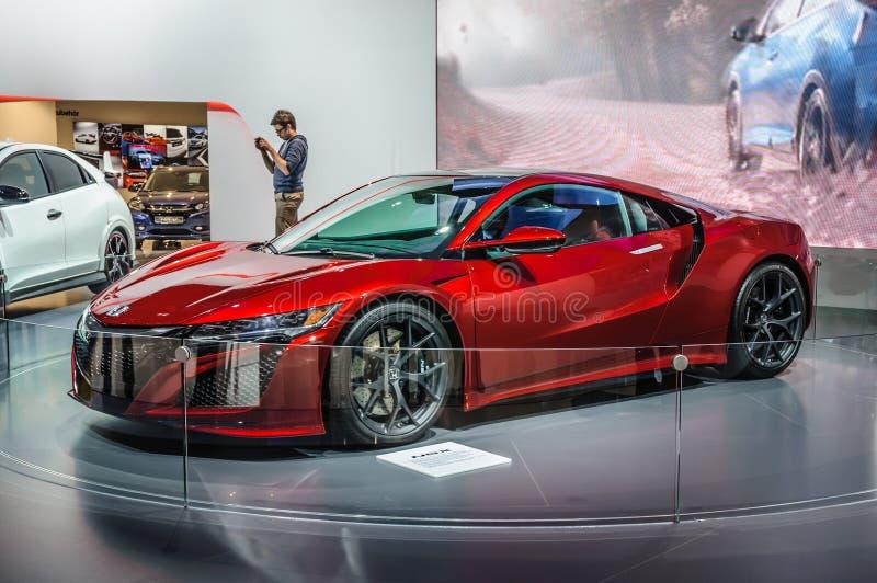 FRANCFORT - SEPT. DE 2015: Concepto de Honda NSX presentado en el interno de IAA fotos de archivo