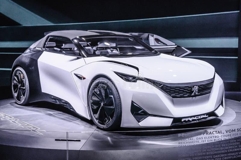 FRANCFORT - SEPT. DE 2015: Concepto del fractal de Peugeot presentado en IAA fotografía de archivo