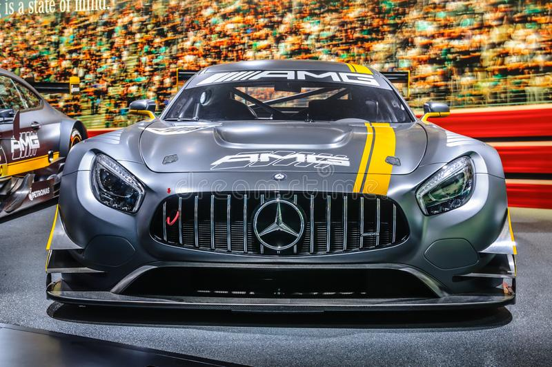 FRANCFORT - SEPT. DE 2015: El cupé de Mercedes-AMG C 63 DTM presentó en imágenes de archivo libres de regalías