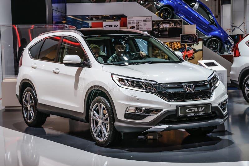 FRANCFORT - SEPT. DE 2015: Honda CR-V presentó en el International de IAA imágenes de archivo libres de regalías