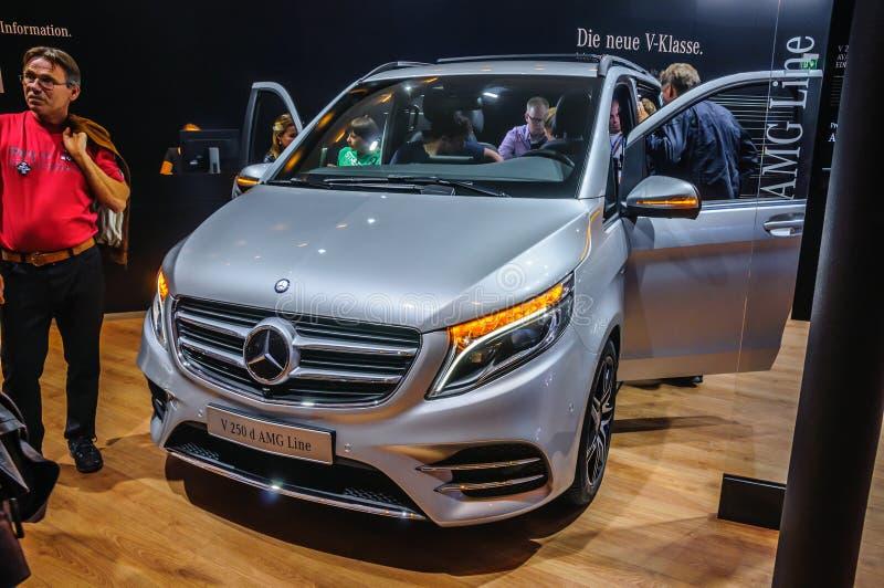 FRANCFORT - SEPT. DE 2015: Mercedes-Benz V 250 línea de d AMG presentó fotos de archivo libres de regalías