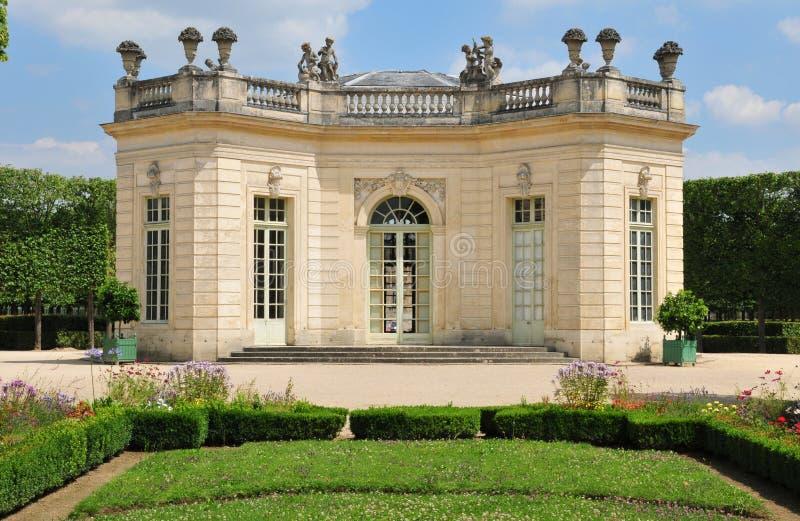 Francia, el estado de Marie Antoinette en el parc del PA de Versalles fotografía de archivo libre de regalías