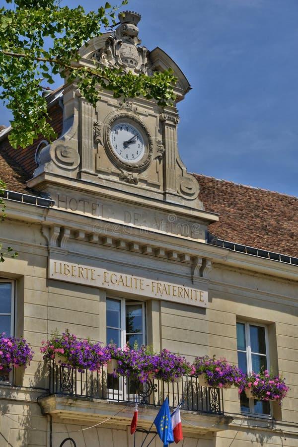 Francia, la ciudad pintoresca de Pontoise en Val d Oise fotografía de archivo