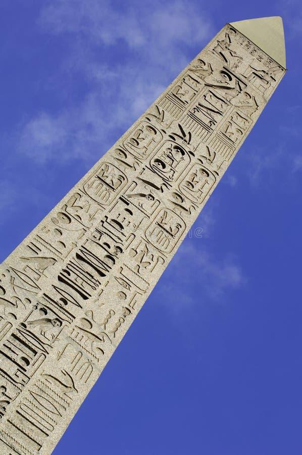 Francia; París; el obelisco en el cuadrado de Concorde fotografía de archivo