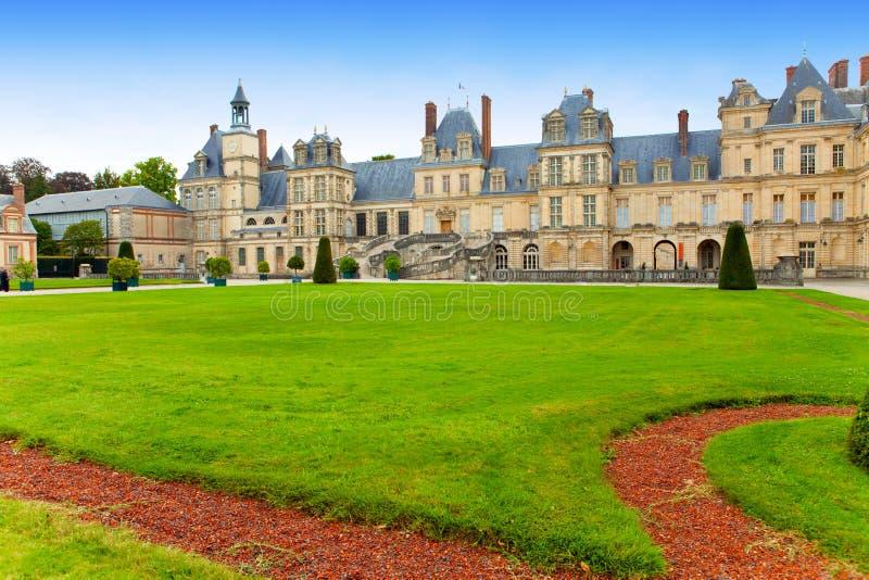 Francia. Parque y un palacio de Fontainebleau fotografía de archivo libre de regalías