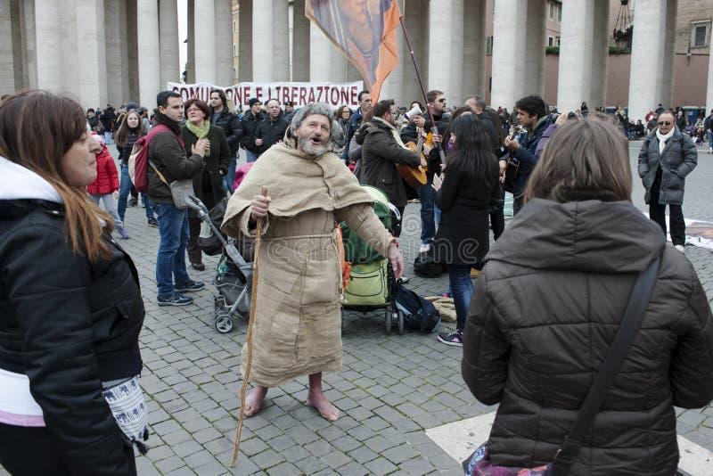 Franciscan mens zingt stock foto's