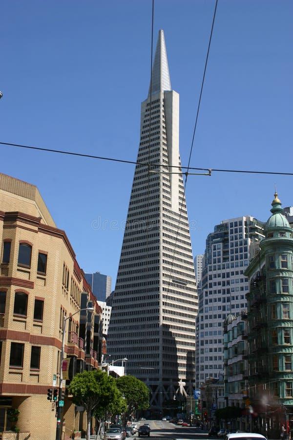 Download Francisco pyramid san fotografering för bildbyråer. Bild av stads - 978805