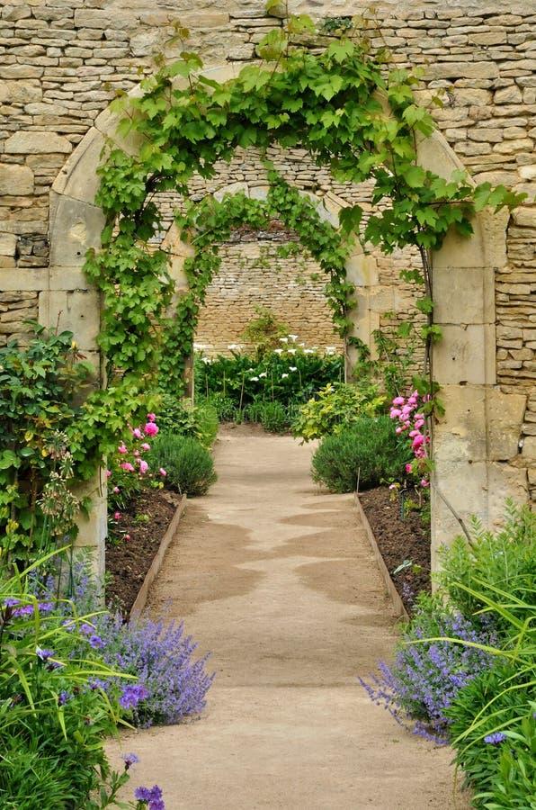 Francja, kanonu kasztelu ogród w Normandie zdjęcie stock