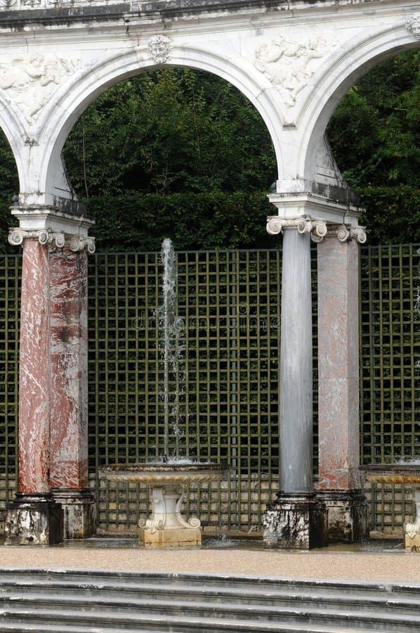 Francja, kolumnada gaj w Versailles pałac fotografia stock