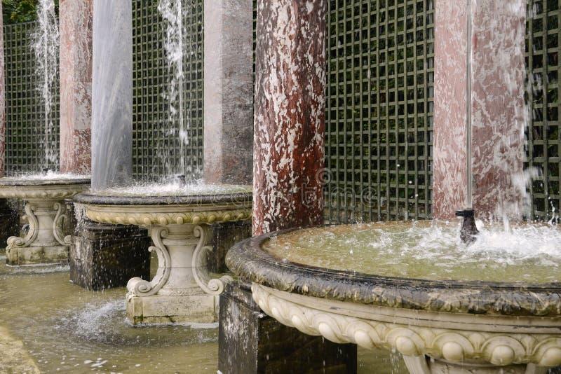 Francja, kolumnada gaj w Versailles pałac obrazy stock